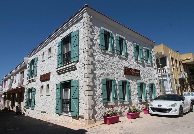 Alya Mou Butik Otel - Çeşme - Toà nhà