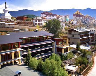 Songtsam Lodges - Songtsam Shangri-la (Lv Gu) Hotel - Shangri-La - Outdoor view