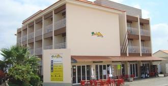 Hotel Areia Dourada - Porto Santo