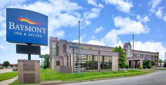 Baymont by Wyndham Springfield South Hwy 65 - Springfield - Edificio