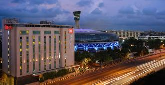 Ibis Mumbai Airport - An Accorhotels Brand - Mumbai - Building