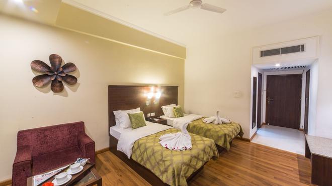 Diamond Hotel - Vārānasi - Bedroom