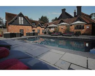 Karma Sanctum On The Green Hotel - Maidenhead - Pool