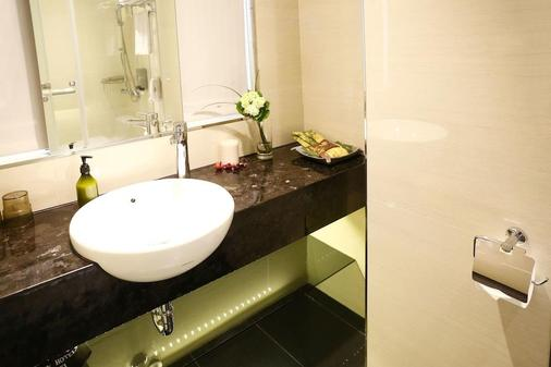 Beauty Hotels Taipei - Hotel B7 - Taipei - Bathroom