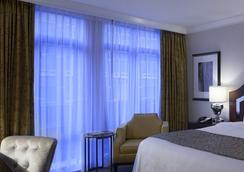 L'Hermitage Hotel - Vancouver - Phòng ngủ