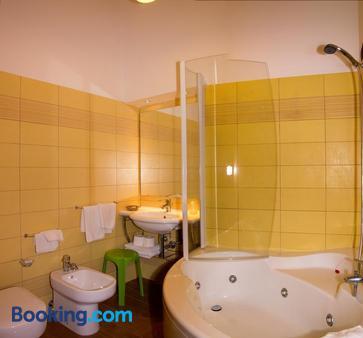 Villa Il Glicine Residence - Taormina - Bathroom