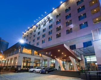 Hotel Tainan - Tainan - Gebäude