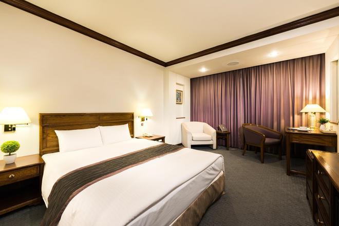 Hotel Tainan - Tainan - Κρεβατοκάμαρα