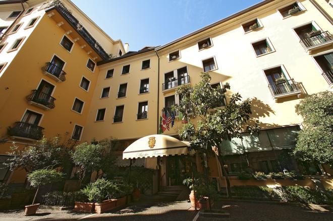 Majestic Toscanelli - Padua - Building
