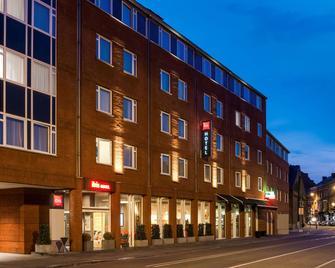 ibis Namur Centre - Namur - Building