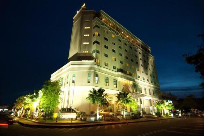 Starcity Hotel - Alor Setar - Rakennus