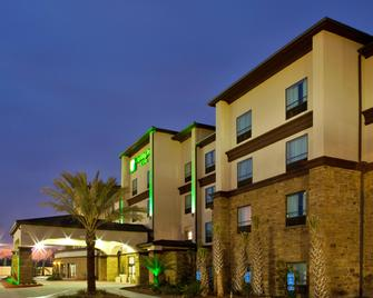 Holiday Inn Hotel & Suites Lake Charles South - Lake Charles - Building