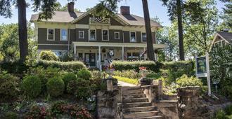 Abbington Green Bed & Breakfast Inn - Asheville - Building