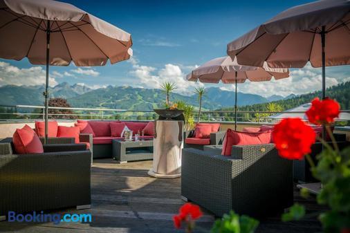 Hotel Berghof - Ramsau am Dachstein - Balcony