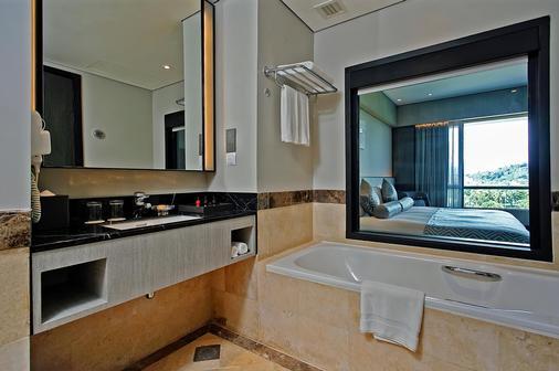 The Pacific Sutera Hotel - Kota Kinabalu - Kylpyhuone