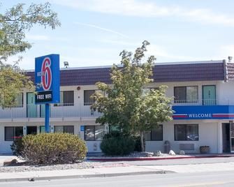 Motel 6 Reno Livestock Events Center - Reno - Gebouw