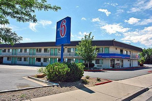 Motel 6 Reno Livestock Events Center - Reno - Building