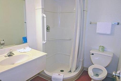 Motel 6 - 里諾牲畜活動中心 - 雷諾 - 里諾 - 浴室