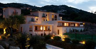 La Villa Calvi - Calvi - Edificio