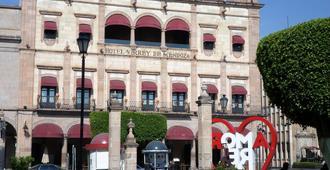 Virrey de Mendoza - Morelia - Building