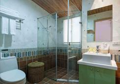 Liz Hotel - Taipei - Bathroom