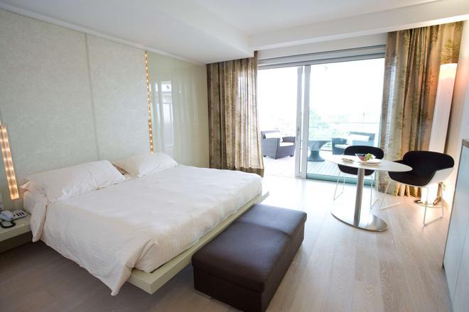 Hotel Premier & Suites - Premier Resort - Milano Marittima - Makuuhuone