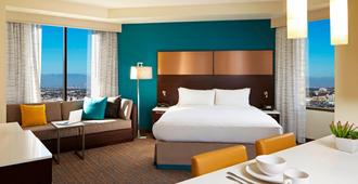 Residence Inn By Marriott Los Angeles Lax/Century Boulevard - לוס אנג'לס - חדר שינה