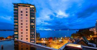 Best Western PLUS Sands - Vancouver - Building