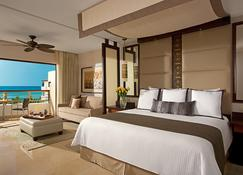 Secrets Playa Mujeres Golf & Spa Resort Adults Only - Isla Mujeres - Bedroom
