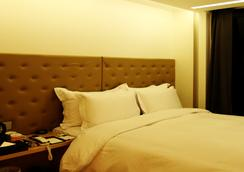Richwell Hotel - Seoul - Bedroom