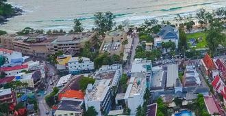 Kata Poolside Resort - Karon - Outdoors view