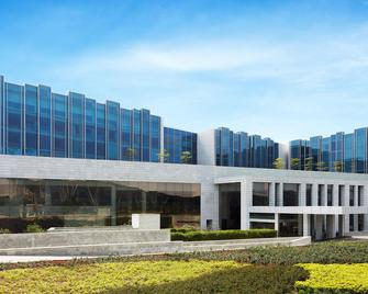 Taj Bangalore - Devanhalli - Building