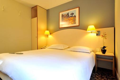 基里亞德安內西克朗傑維耶酒店 - 克蘭傑維耶 - 安錫 - 臥室