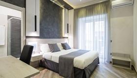 Hotel Bella Napoli - Naples - Bedroom