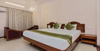 Treebo Trend Sagar - Mumbai - Bedroom