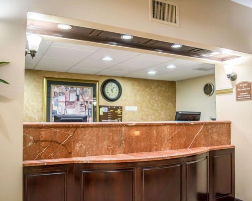 Quality Inn & Suites Tampa - Brandon near Casino - Tampa - Lễ tân