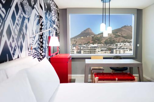 Radisson RED Hotel V&A Waterfront Cape Town - Cape Town - Bedroom