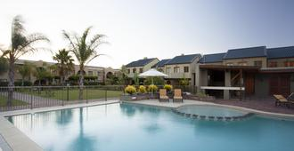 Devonvale Golf & Wine Estate - Stellenbosch - Pool