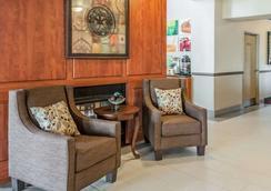 阿爾伯克爾基西品質套房酒店 - 阿爾布奎克 - 阿爾伯克基 - 大廳