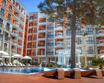 Harmony Palace - Sunny Beach - Pool