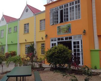 Habitat Terrace Hotel - Gros Islet - Rakennus