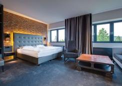 Park Inn by Radisson Lübeck - Lübeck - Bedroom