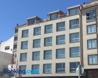Hotel Varadoiro - Portonovo - Building