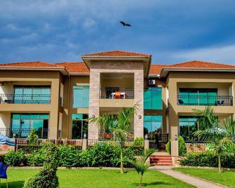 Lake Point Villa - Entebbe - Gebouw