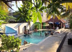 Hotel Tunco Lodge - El Sunzal - Piscina