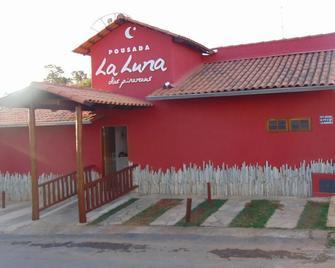 Pousada La Luna Dos Pireneus - Pirenópolis - Building