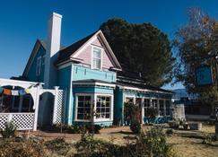 The Hostel California - Bishop - Edifício