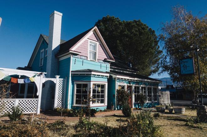 The Hostel California - Bishop - Rakennus