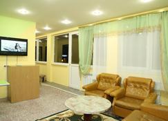 Arsego Hostel - Wanadsor - Wohnzimmer
