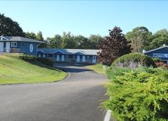 Coastal Inn Digby - Digby - Building